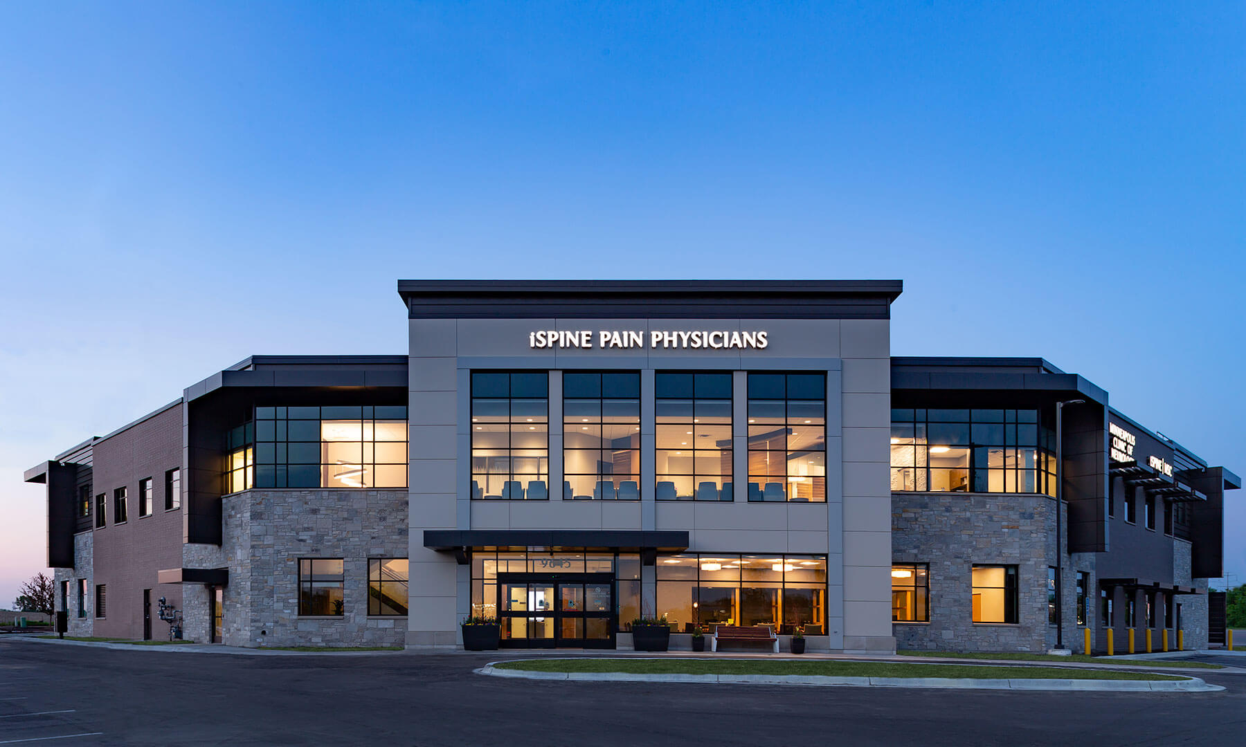 Mohagen Hansen   Architecture   Interior Design   Minneapolis   Maple Grove Medical Office Building